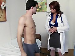 Lustful Nicki Hunter Can't live without Face Sitting Act and Double Penetrations