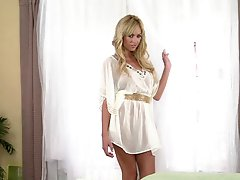 Astonishingly Gorgeous Blond Awesome In Solo porn Masturbation Vid
