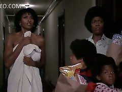 Extremely Beautiful Ebon Star Pam Grier Flashes Her Meaty Titties