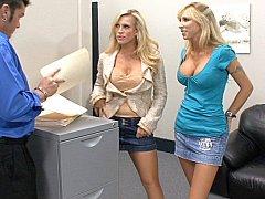 Amber Lynn, her ally Morgan Ray & cock