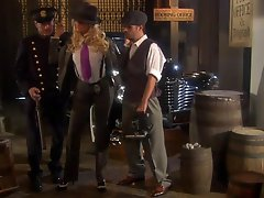 Hot Blond Detective Jessica Drake Getting Her Pussy Fucked In 3some