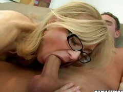 U are never too classic to be a whore! Nina Hartley can still swallow massive dicks