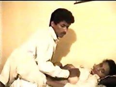 Slutty Indian mature making sex movie