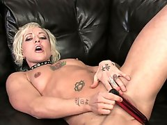 Watch this hawt blonde milf disrobe and masturbate in hd