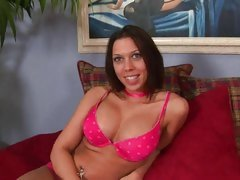 Beautiful Rachel Starr has a knock out pair of love muffins