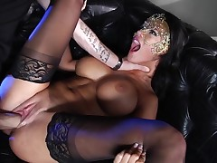 Milf dreams about having her bald twat fucked unconnected with a overspread prince