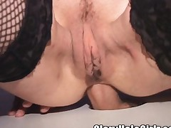 Divorced brunette nympho indulges in rough anal coition at be imparted to murder gloryhole