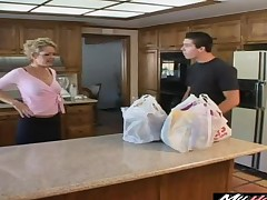 Randy housewife wants to shrink from drilled by a good-looking fellow