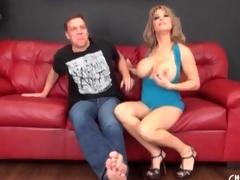 Slutty milf Alyssa Lynn sucks dick and balls