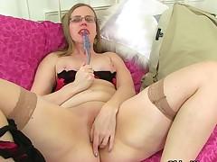 Britain's sexiest milfs: Output Fox, Sammie and Sexy P.