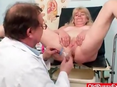 Pollute gives his patient a pussy enema